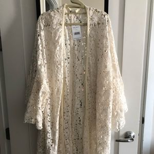 BNWT lace Free People kimono with bell sleeves